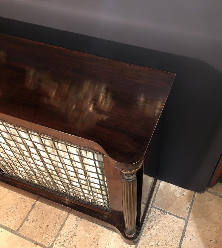 Regency Grill Door Credenza In Good Condition For Sale In New York, NY