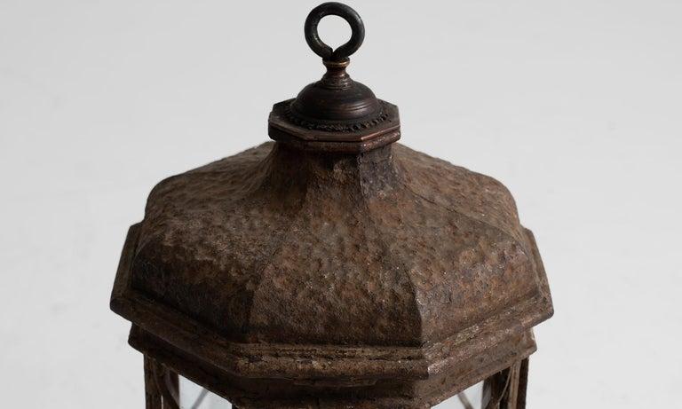 Regency Iron Lantern, England, circa 1815 In Good Condition For Sale In Culver City, CA