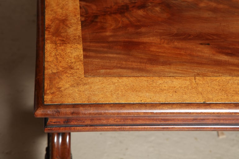Regency Mahogany and Amboyna Library Table In Excellent Condition For Sale In New York, NY