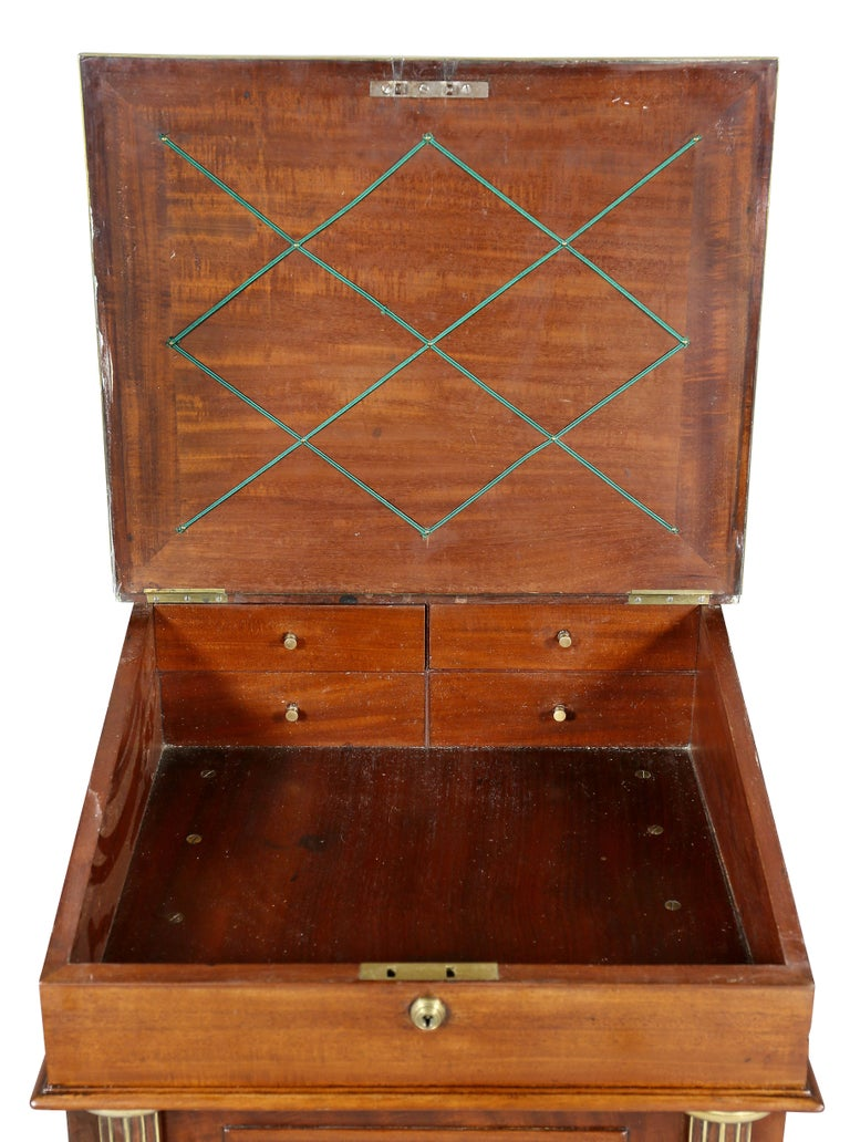 Regency Mahogany and Brass Mounted Campaign Desk In Good Condition For Sale In Essex, MA