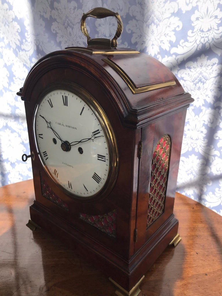 Regency Mahogany Arched-Top Bracket Clock by Cade & Robinson, London In Good Condition For Sale In Devon, GB