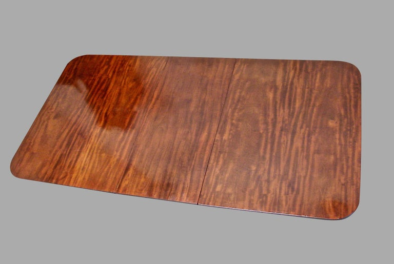 Regency Mahogany Dining Table with Single Leaf For Sale 2