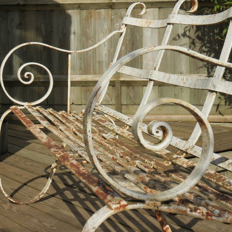 Regency Metal White Painted Garden Bench, 19th Century 1820s In Good Condition For Sale In Stow on the Wold, GB