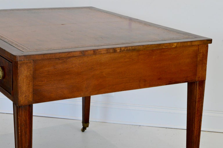 Regency Partners Desk or Writing Table of Mahogany For Sale 4