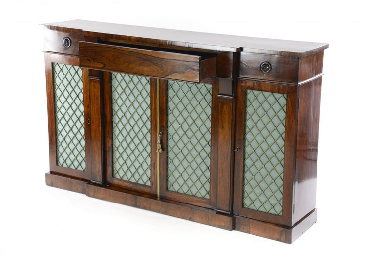Regency Rosewood Credenza In Good Condition For Sale In Northwich, GB