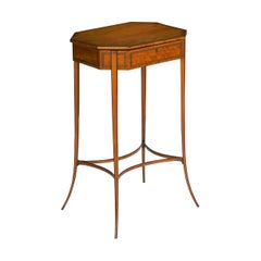 Regency Satinwood Octagonal Antique Accent Table, England, circa 1800