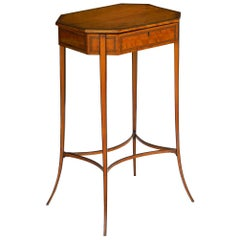 Regency Satinwood Octagonal Antique Accent Table, England, circa 1800