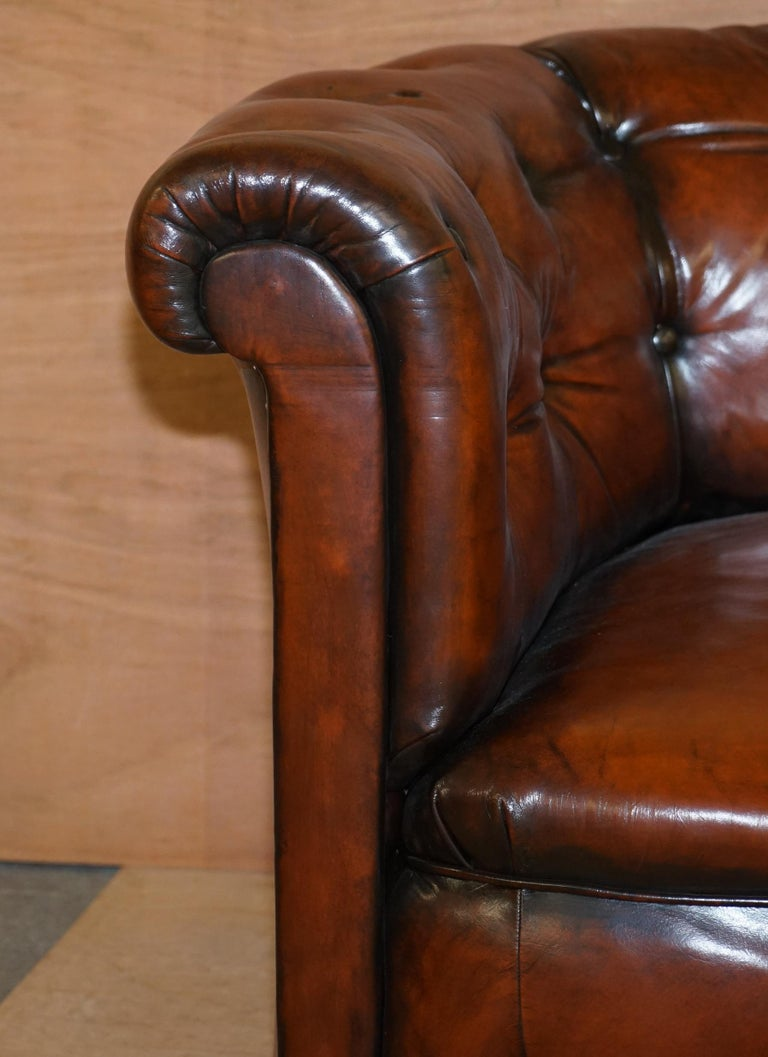 Regency Serpentine Hand Dyed Restored Whisky Brown Leather Chesterfield Sofa In Good Condition For Sale In London, GB