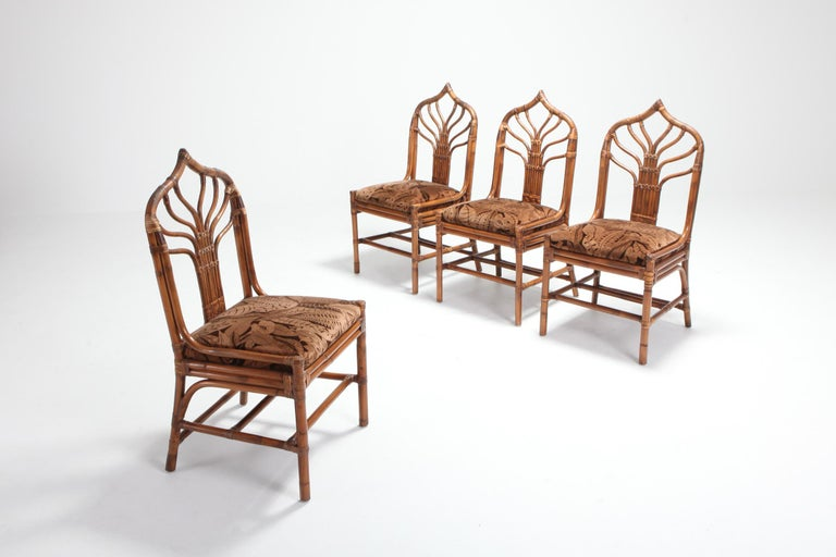 Regency Set of Italian Bamboo Dining Chairs with Floral Cushions In Good Condition For Sale In Antwerp, BE