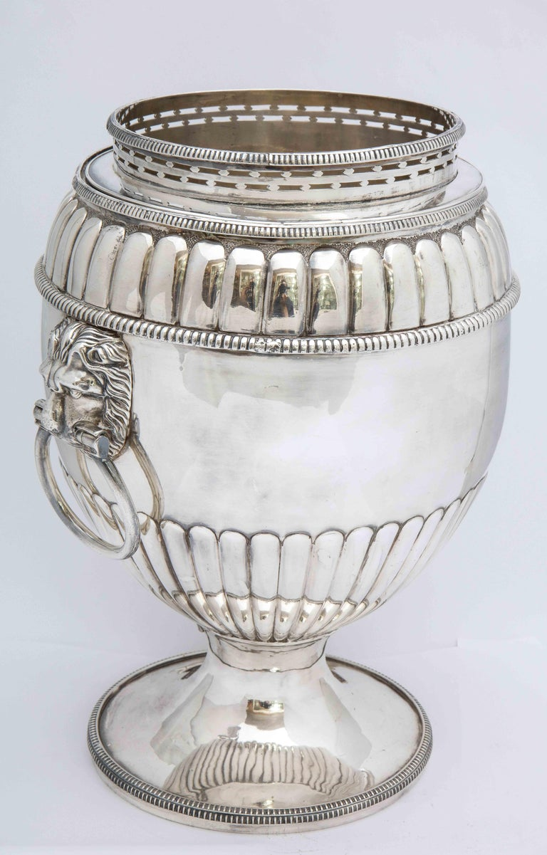 Mid-19th Century Regency Sheffield Plated Pedestal-Based Wine Cooler For Sale
