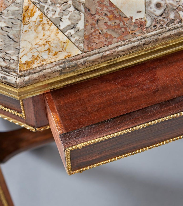Regency Specimen Marble Top Table In Good Condition For Sale In New York, NY