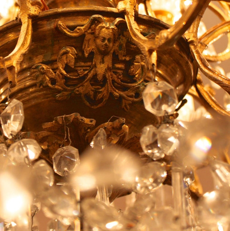 Faceted Regency Style 36-Light Gilt-Bronze and Crystal-Cut Chandelier, circa 1860 For Sale