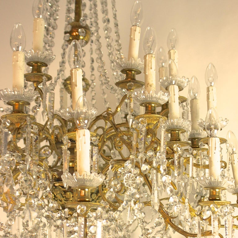 Regency Style 36-Light Gilt-Bronze and Crystal-Cut Chandelier, circa 1860 For Sale 1