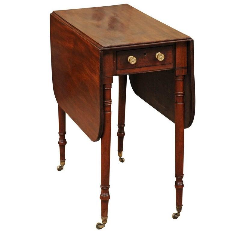 Regency Style English 19th Century Mahogany Drop Leaf Table At 1stdibs