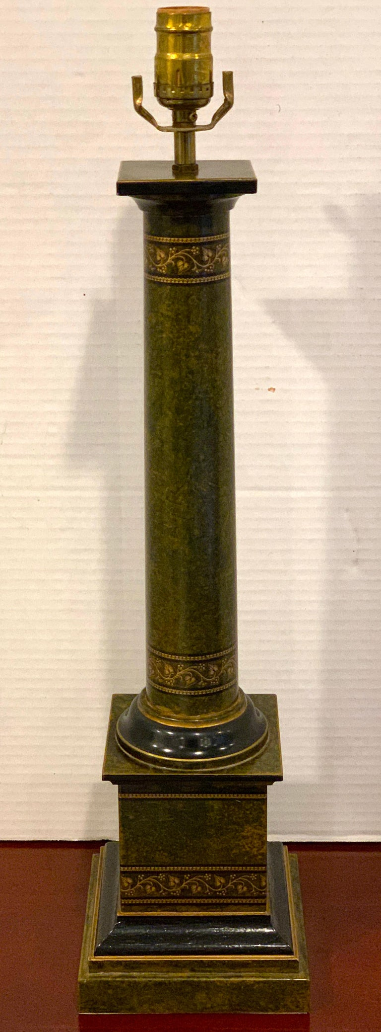 Regency style polychromed tole column lamp, subtly enameled, warm color, ready to place 6