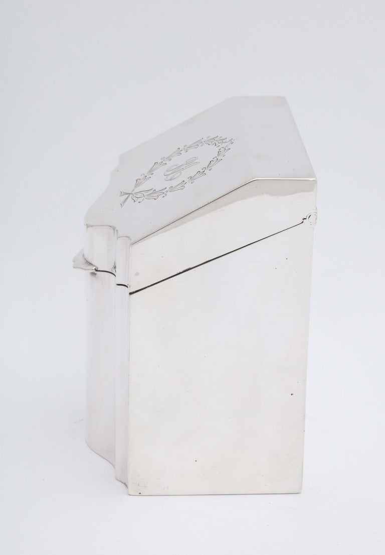 Regency Style Sterling Silver Knife-Box-Form Tea Caddy with Hinged Lid For Sale 2
