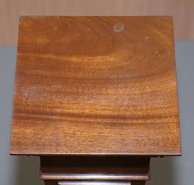Regency Style Walnut circa 1900 Pedestal Jardiniere Stand for Busts Statues Etc For Sale 1