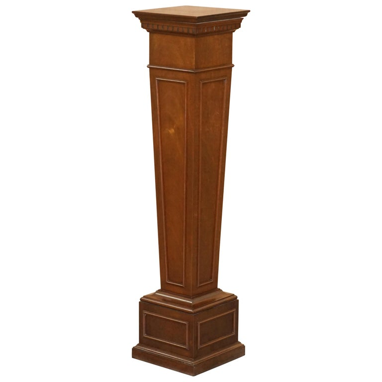 Regency Style Walnut circa 1900 Pedestal Jardiniere Stand for Busts Statues Etc For Sale