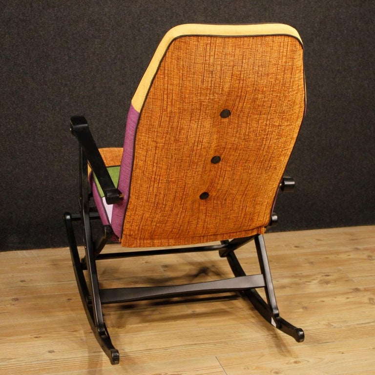 Reguitti 20th Century Lacquered Wood and Fabric Italian Design Rocking Armchair In Good Condition For Sale In Vicoforte, Piedmont