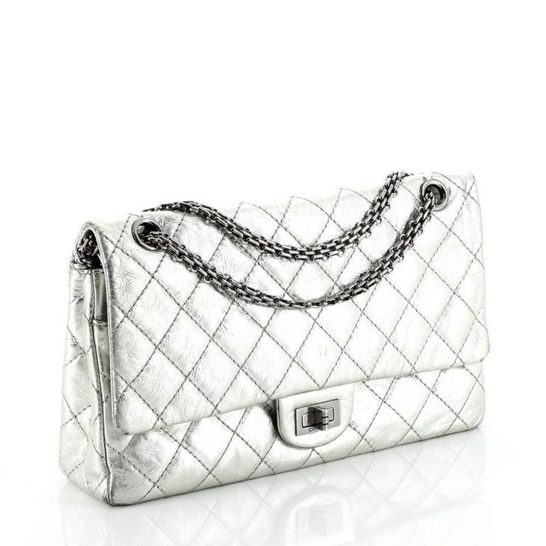 Reissue 2.55 Flap Bag Quilted Metallic Aged Calfskin 226 In Good Condition For Sale In New York, NY