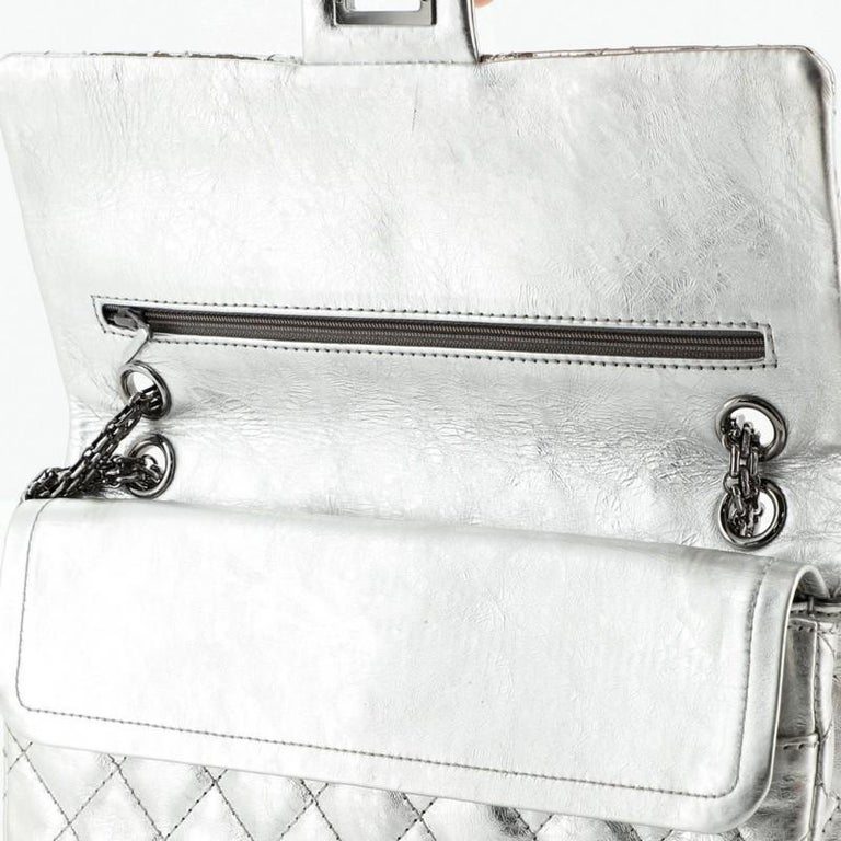 Reissue 2.55 Flap Bag Quilted Metallic Aged Calfskin 226 For Sale 4