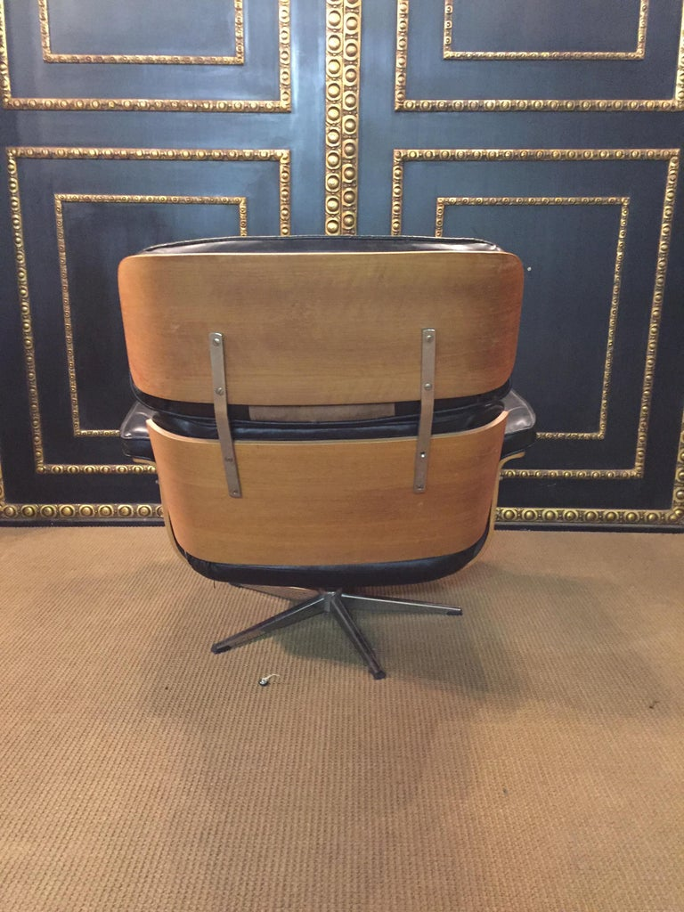 Relax, Lounge Armchairs with Stool Vintage, Eames Style Made in Germany For Sale 5