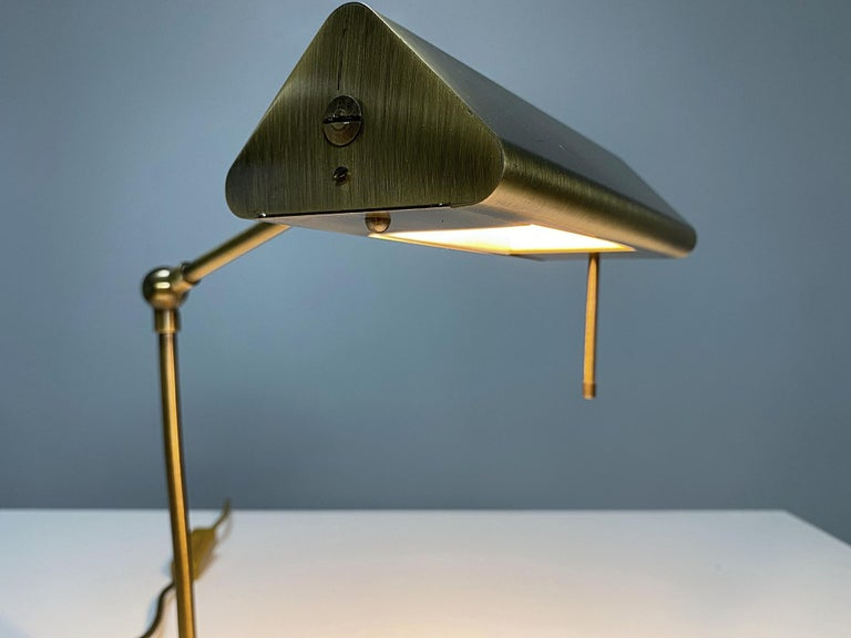 Relco Milano Midcentury Brass Table Lamp, 1970s, Italy In Good Condition For Sale In Vienna, AT