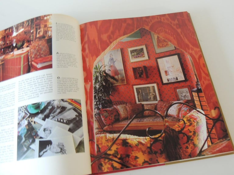 Remarkable Private NY Residences Vintage Decorative Hardcover Book In Good Condition For Sale In Oakland Park, FL