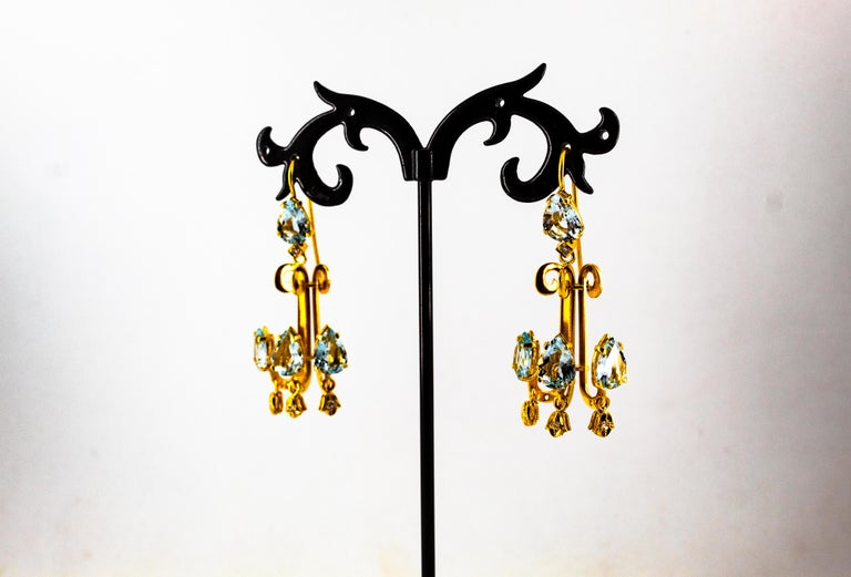 Renaissance 10.36 Carat White Diamond Aquamarine Yellow Gold Chandelier Earrings For Sale 7