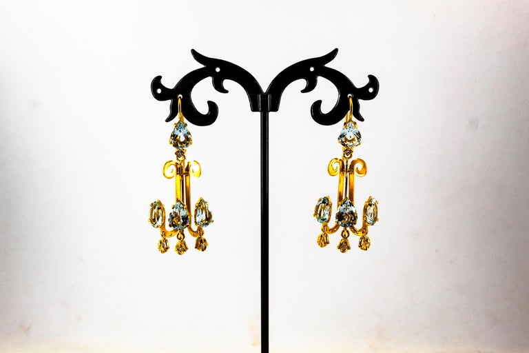 Renaissance 10.36 Carat White Diamond Aquamarine Yellow Gold Chandelier Earrings For Sale 4