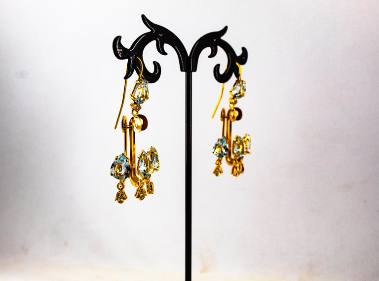 Renaissance 10.36 Carat White Diamond Aquamarine Yellow Gold Chandelier Earrings For Sale 5