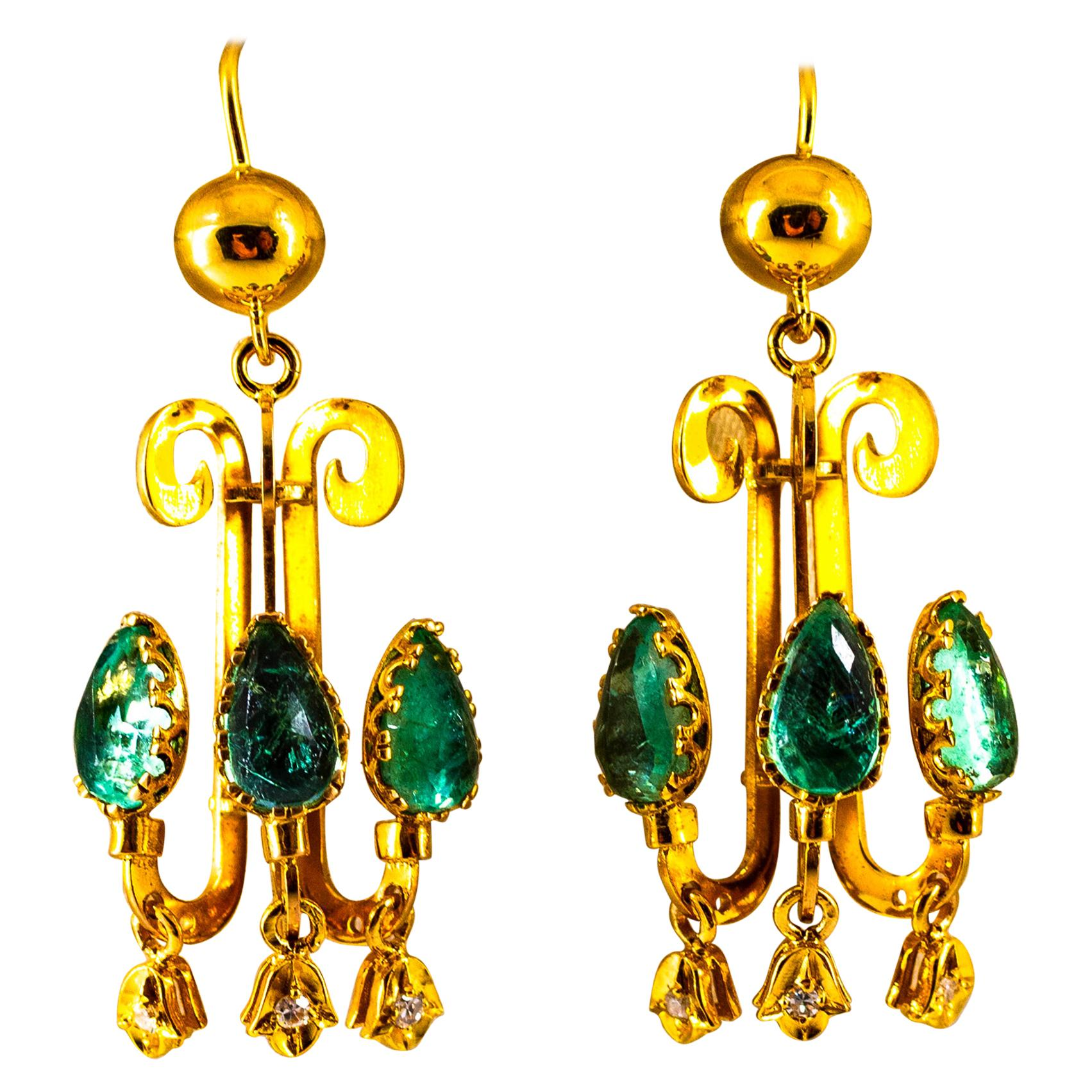 Renaissance 5.12 Carat White Diamond Emerald Yellow Gold Chandelier Earrings