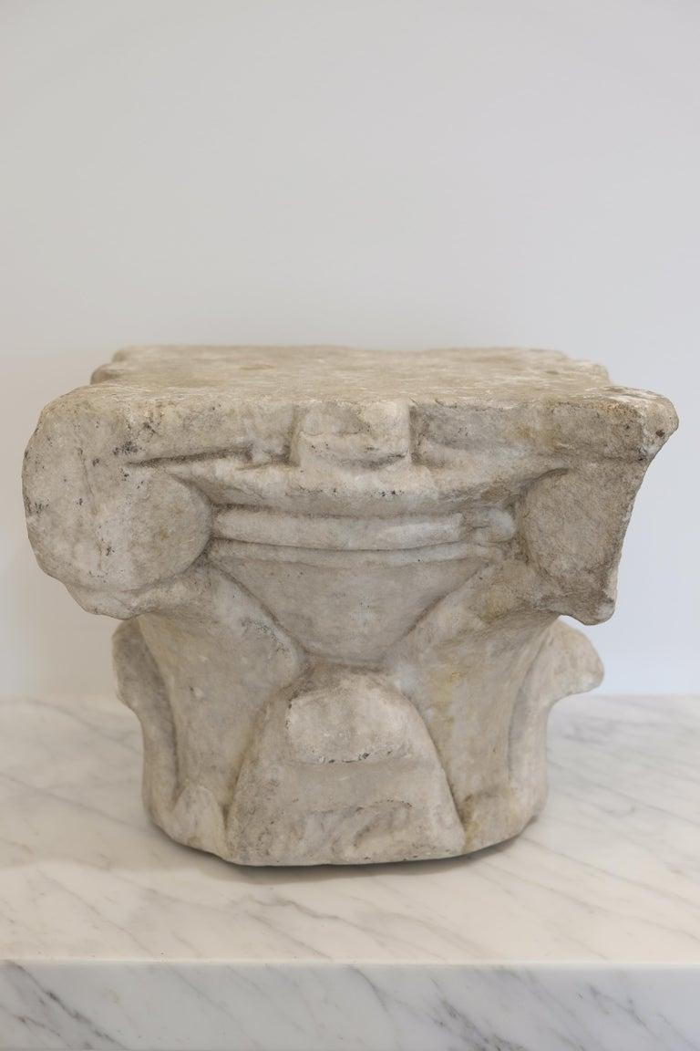 Italian Renaissance Marble Capital, 16th Century, Italy For Sale