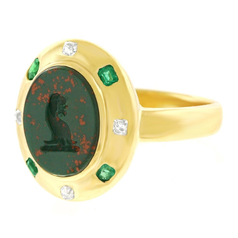Victorian Renaissance Revival Bloodstone Signet Ring 18 Karat, circa 1890s For Sale