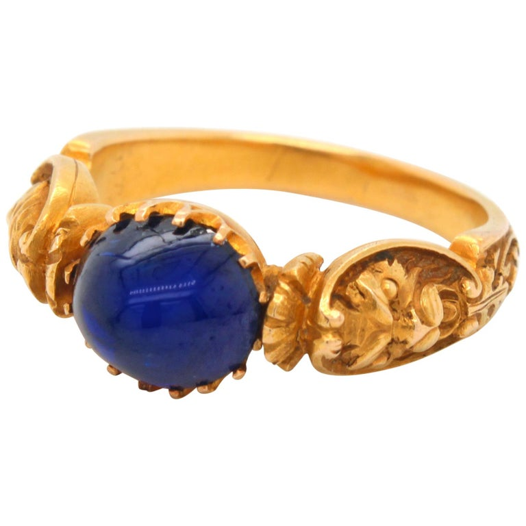 Renaissance Revival Sapphire and Gold Ring, circa 1840s For Sale