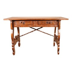 Renaissance Spanish 17th Century Desk or Sofa Table in Walnut