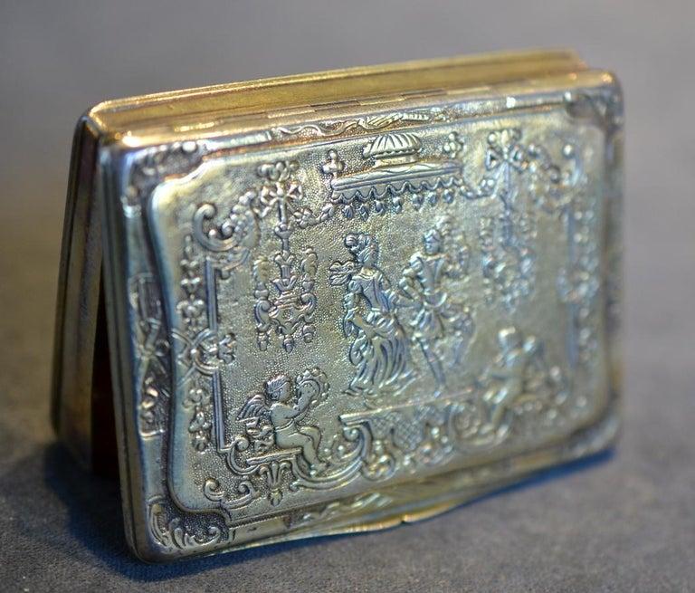Louis XV Renaissance Style circa 1790 German Sterling Silver Gilt Snuff Box For Sale