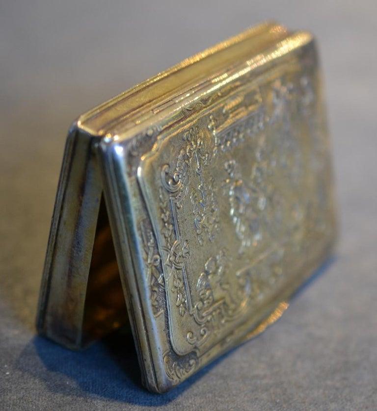 Cast Renaissance Style circa 1790 German Sterling Silver Gilt Snuff Box For Sale