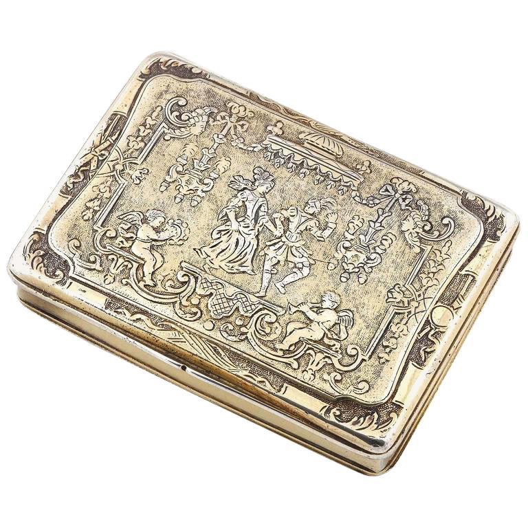Renaissance Style circa 1790 German Sterling Silver Gilt Snuff Box For Sale