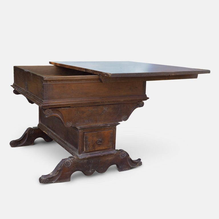 Renaissance Swiss Bankers or Merchants Table, circa 1580 In Fair Condition For Sale In Kingsdown, Kent