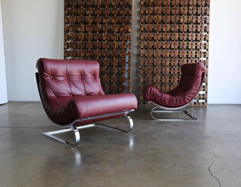 Modern Renato Balestra Leather Lounge Chairs for Cinova Italy, circa 1970 For Sale