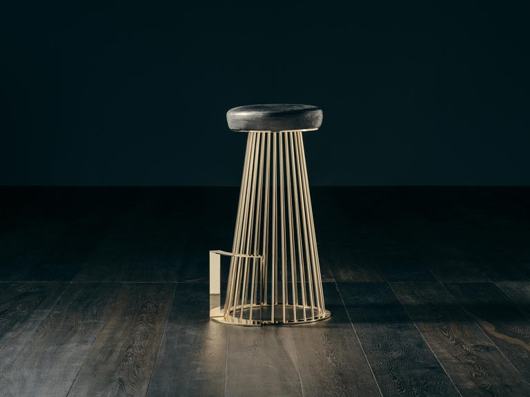 Rendez-Vous Stool In Black Aniline Leather And Polished Brass For Sale -3079