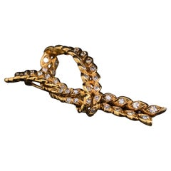 René Boivin Diamond Set Knot Design 18 Karat Yellow Gold Brooch