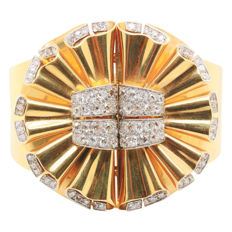 René Boivin Double Clip Diamond and Gold Bangle, 1940s
