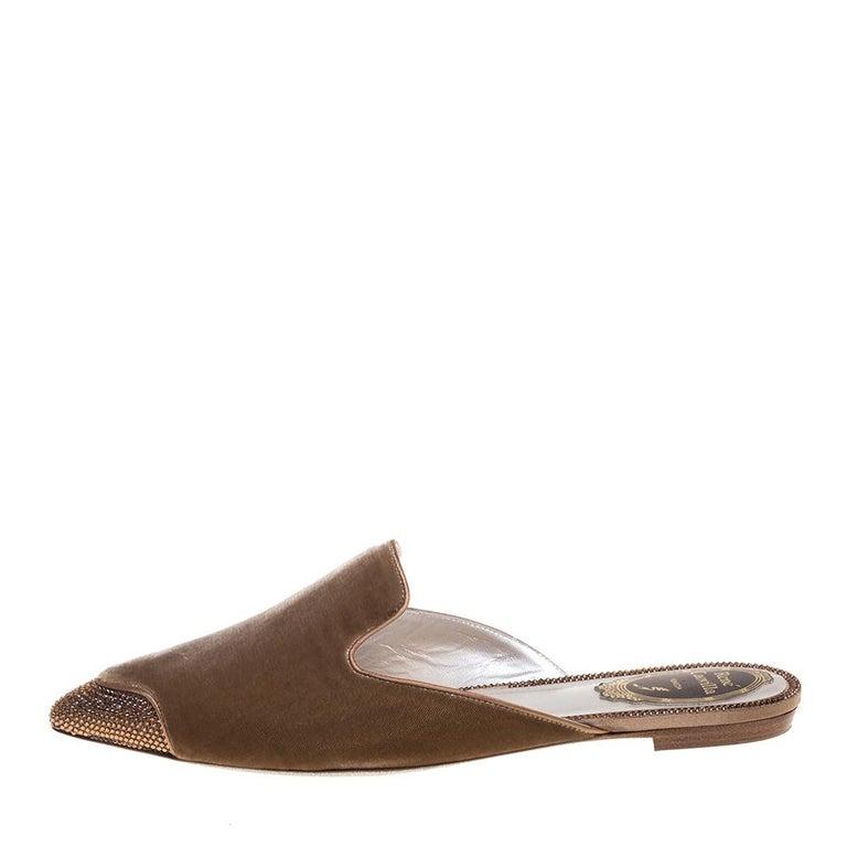 René Caovilla Beige Velvet Crystal Embellished Pointed Flat Mules Size 38 For Sale 1