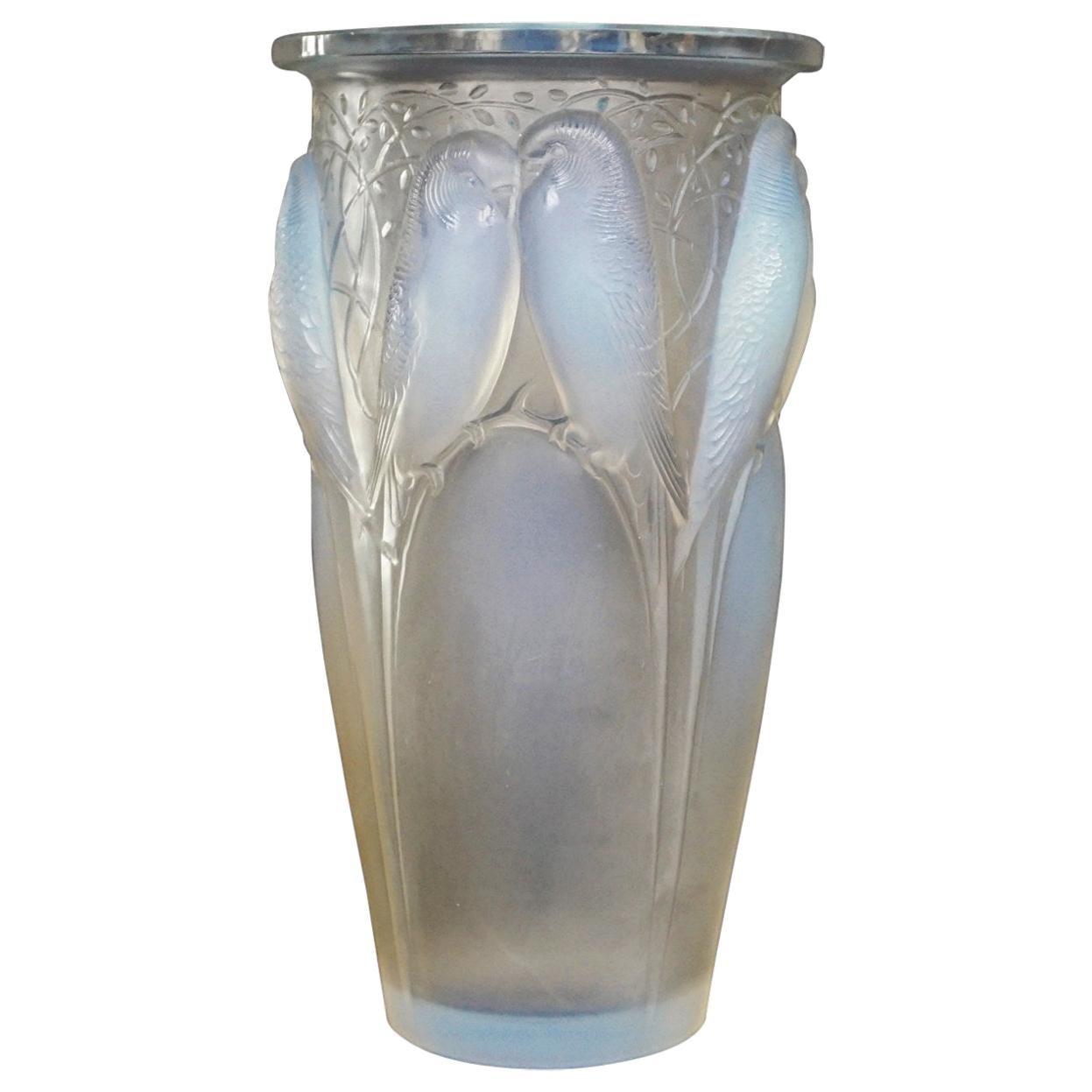 René Lalique Ceylan Opalescent Glass Vase