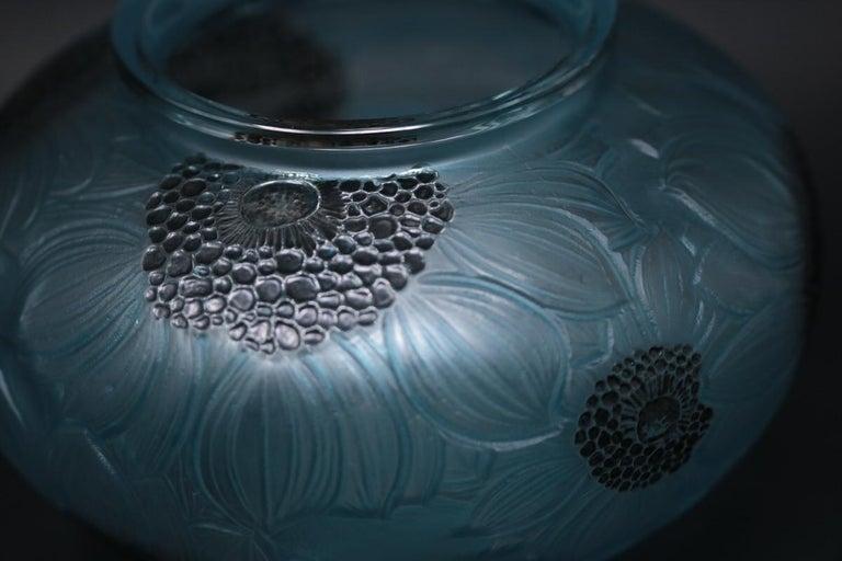Art Nouveau René Lalique Clear and Frosted Glass 'Dahlia' Vase