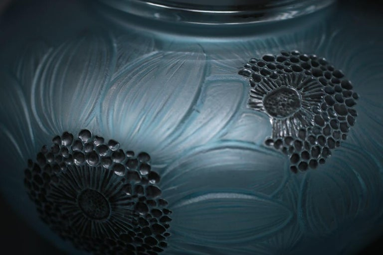 René Lalique Clear and Frosted Glass 'Dahlia' Vase 2