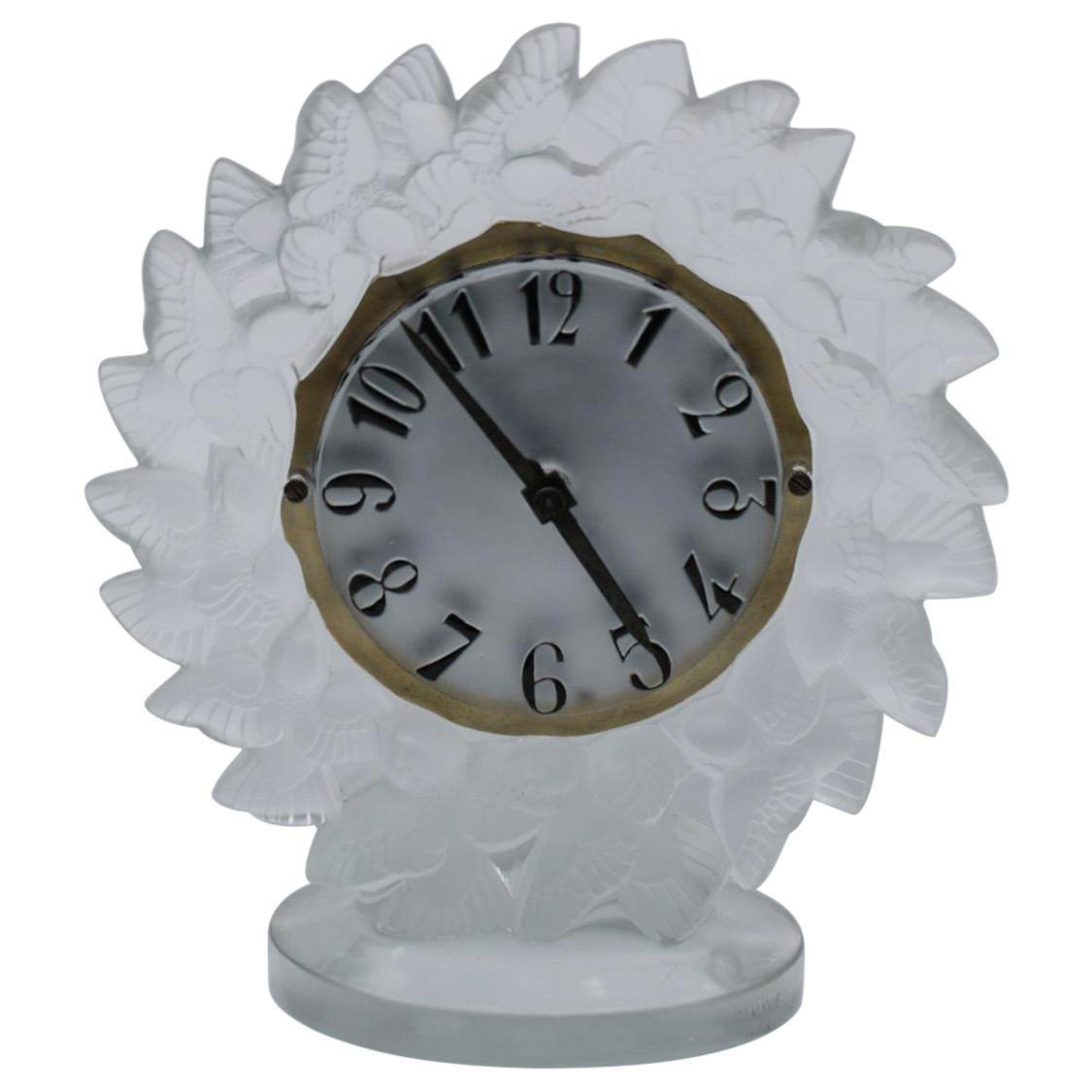 René Lalique Frosted Glass Roitelets Clock