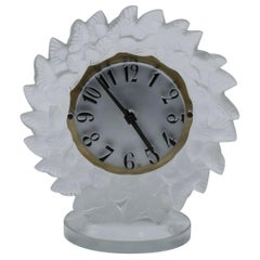 René Lalique Frosted Glass Roitelets Clock